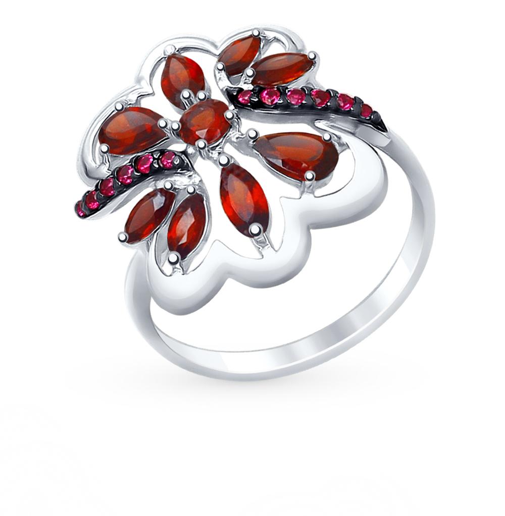 Фото «Серебряное кольцо с фианитами и гранатом SOKOLOV 92011401»