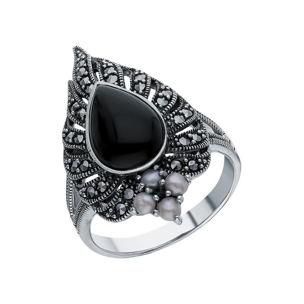 Фото «Серебряное кольцо с ониксом, жемчугами культивированными и марказитами swarovski»