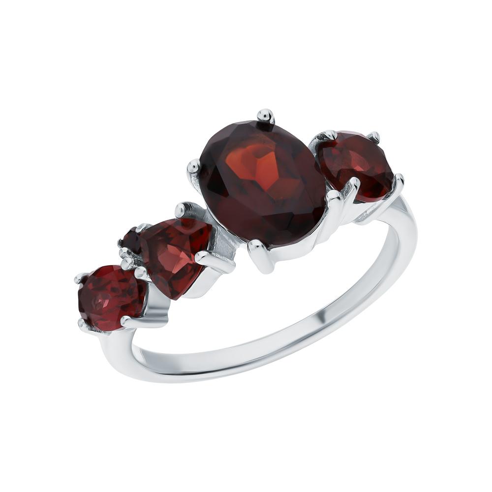 Серебряное кольцо с гранатом в Санкт-Петербурге