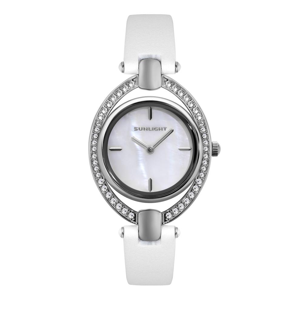 Женские часы на белом ремне из натуральной кожи