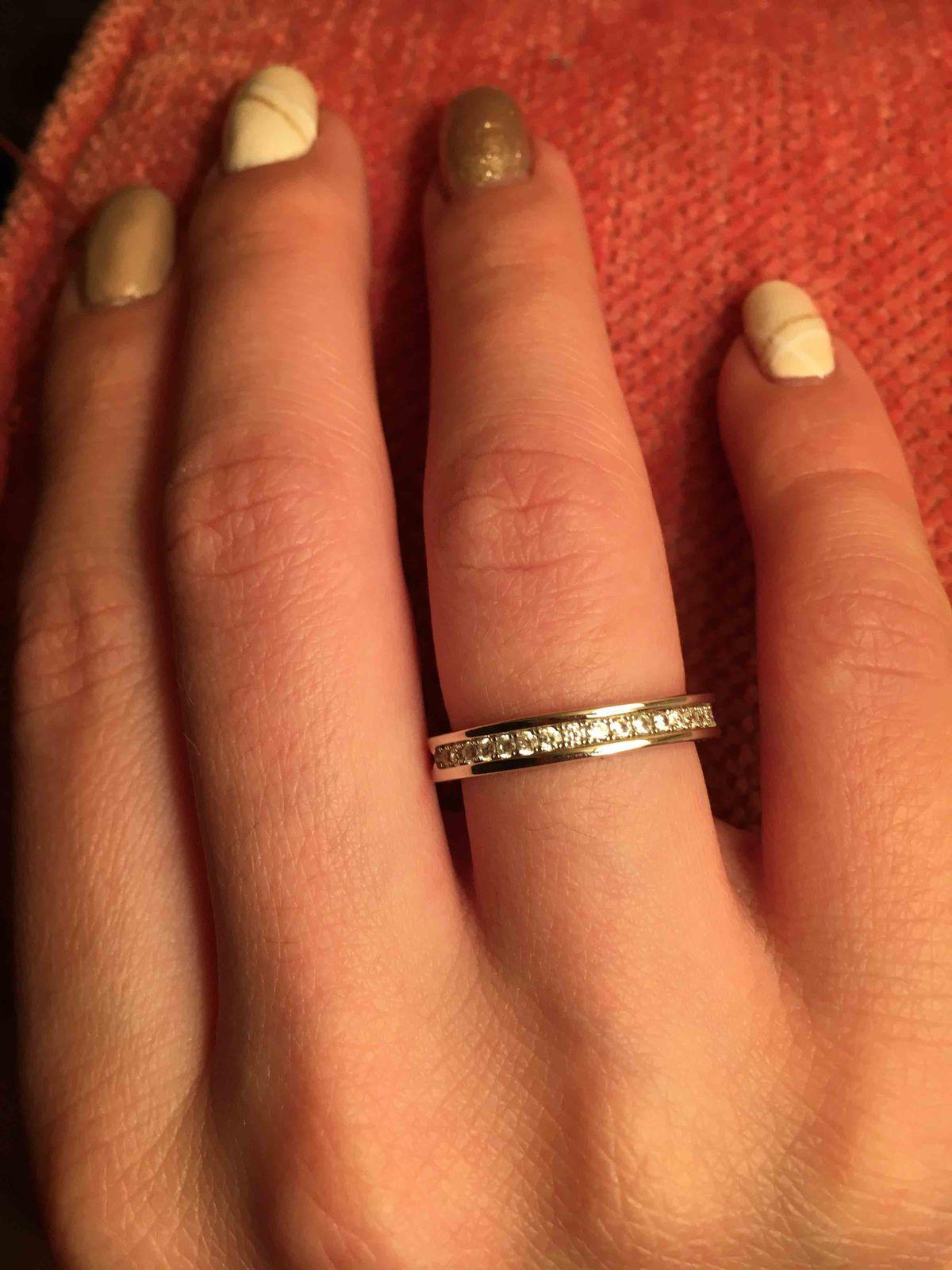 Очень красивое серебряное кольцо
