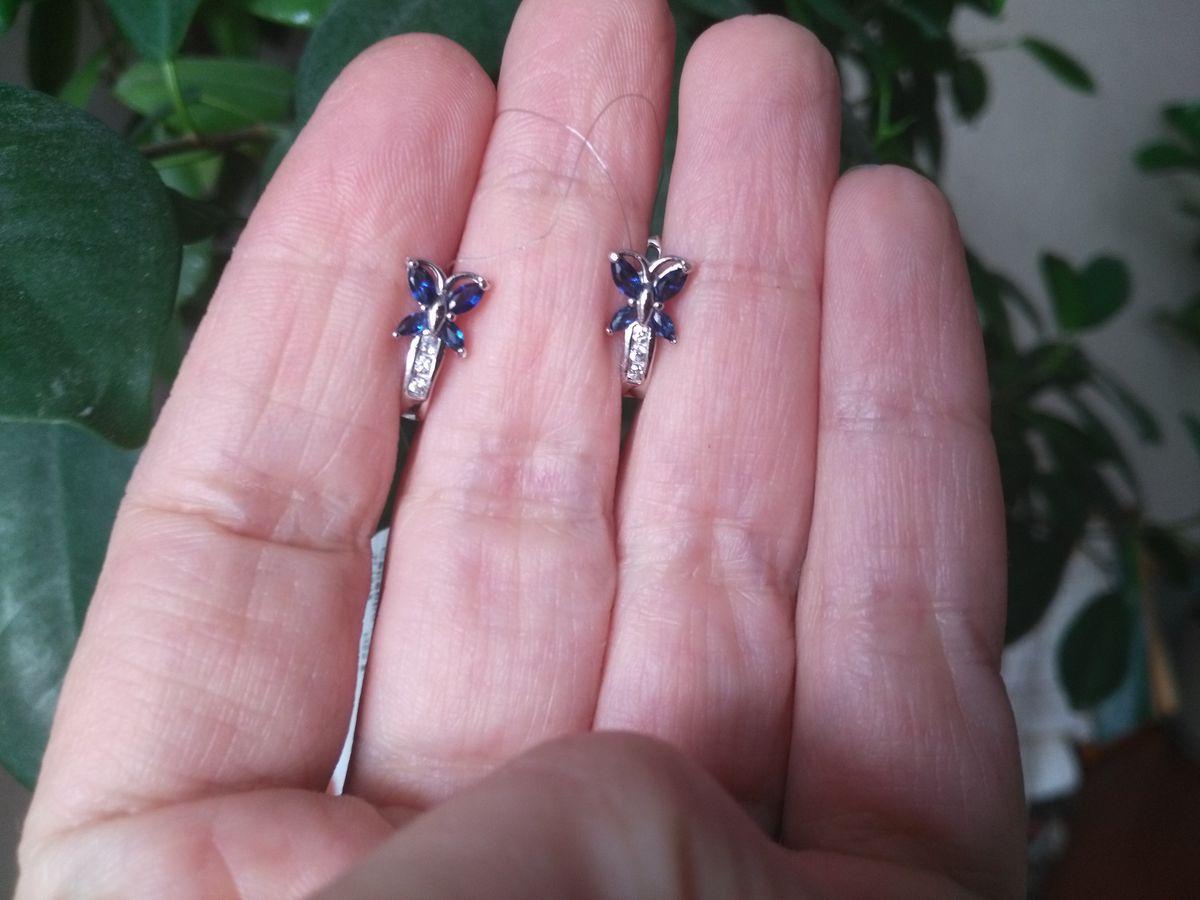 Первые сережки для маленькой доченьки