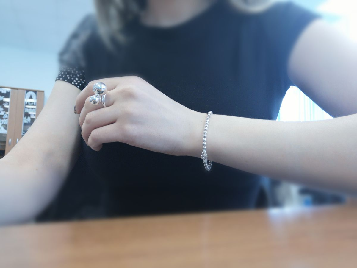 Причудливое кольцо весёлые шарики)