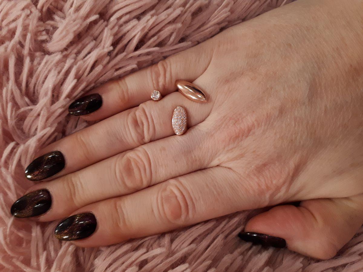 Оригинальное кольцо.
