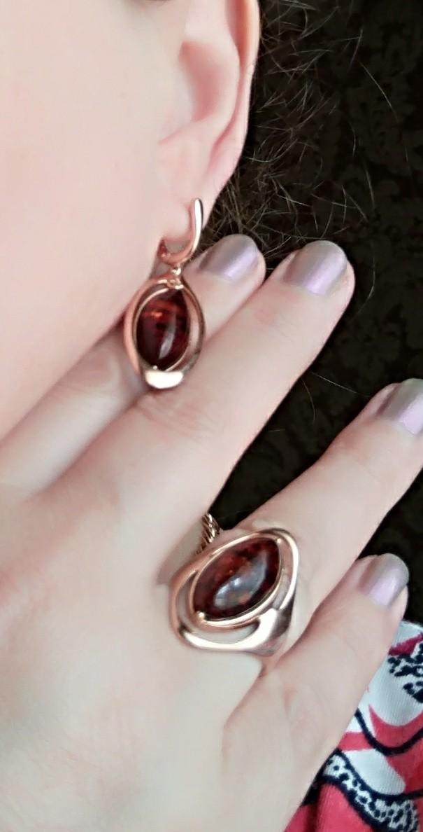 Серебряное кольцо с янтарем!