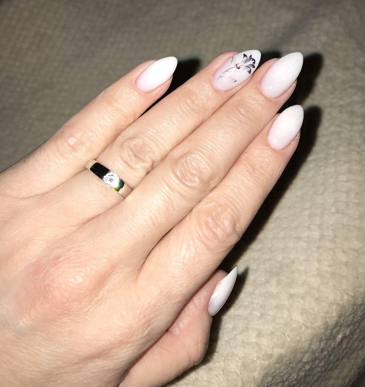 Серебряное кольцо с фианитом🥰