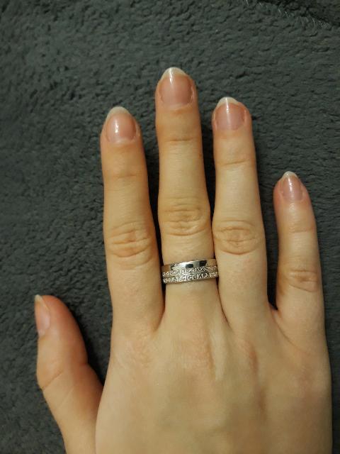 Кольцо очень красивое))