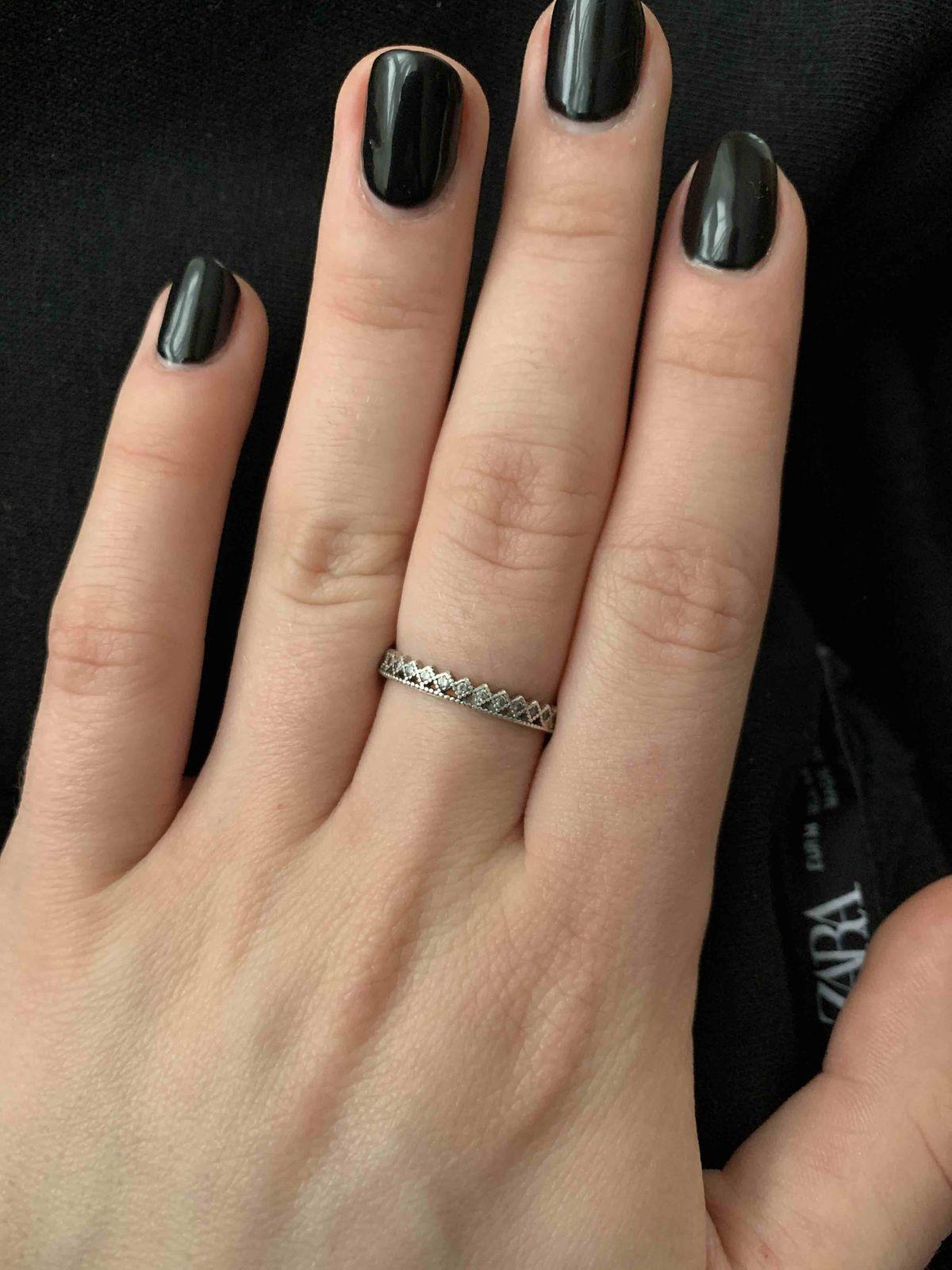 Хорошее минималистичное кольцо