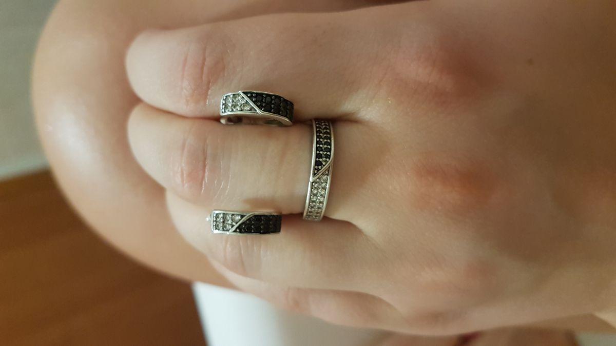 Черно-белое кольцо