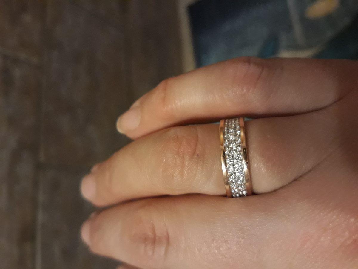 Красивое кольцо и очень изящное 😊😉