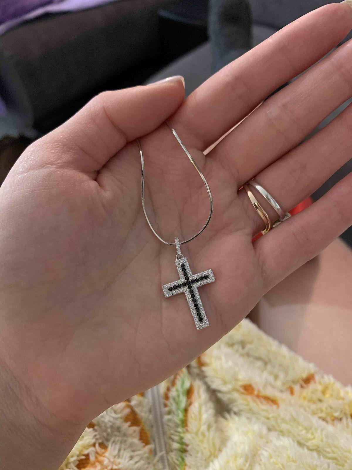 Я влюблена в этот крестик!!!