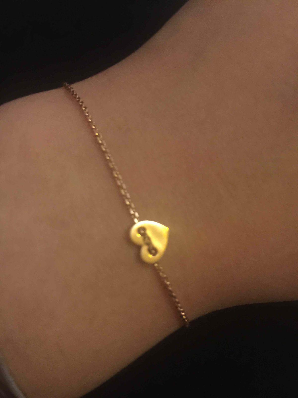 Хороший браслет из розового золота, с необычным дизайном