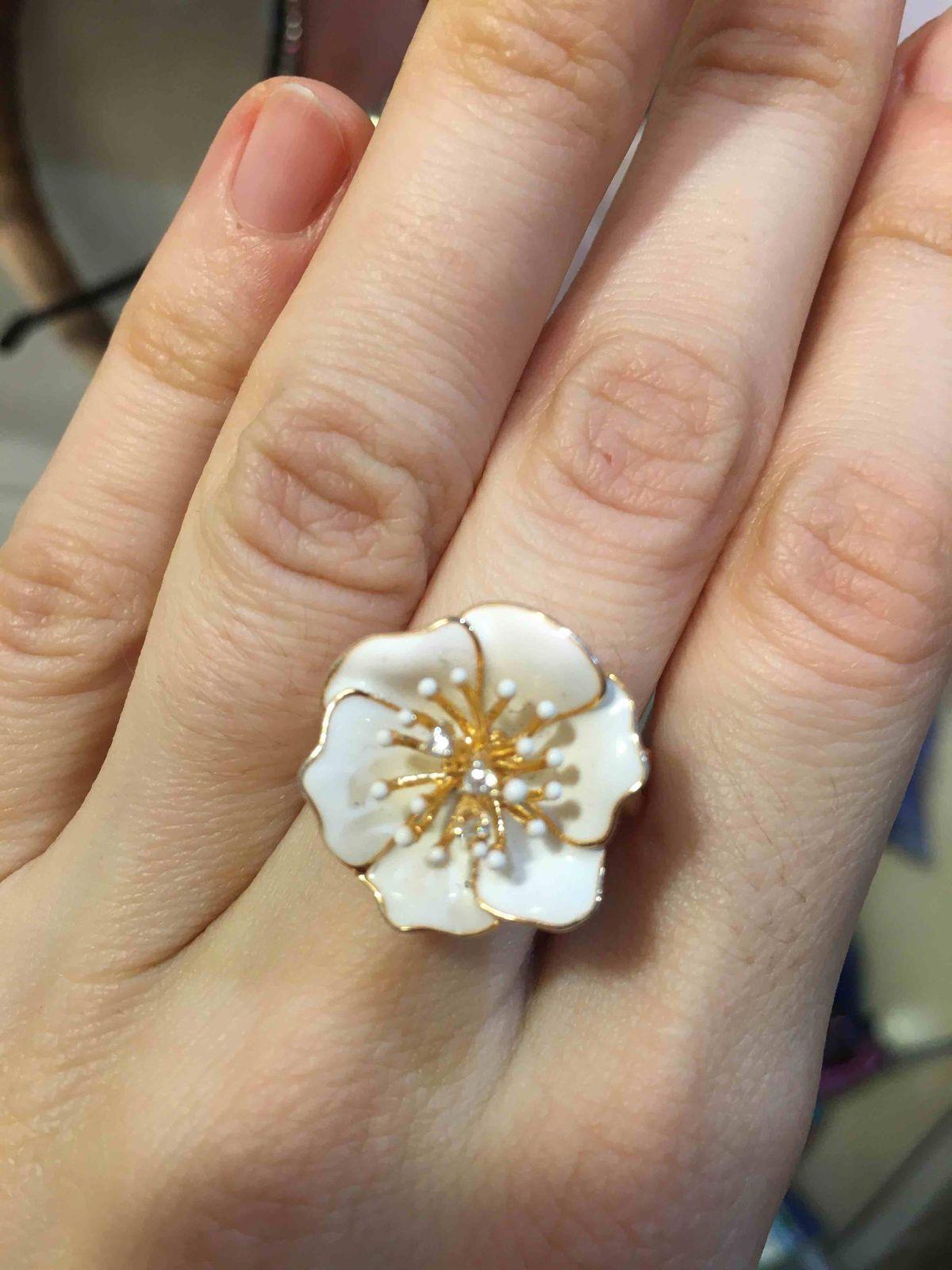 Белоснежное кольцо