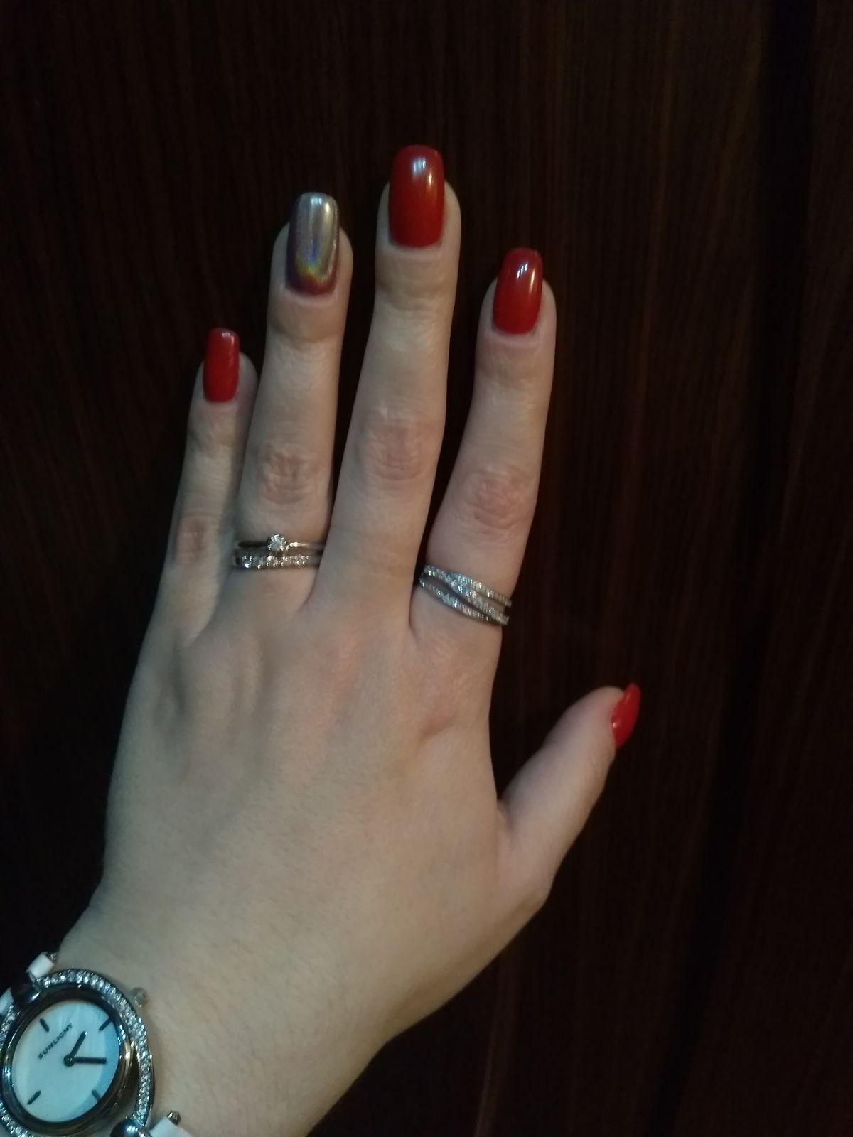 Три дорожки- на любовь, на счастье, на удачу! :))