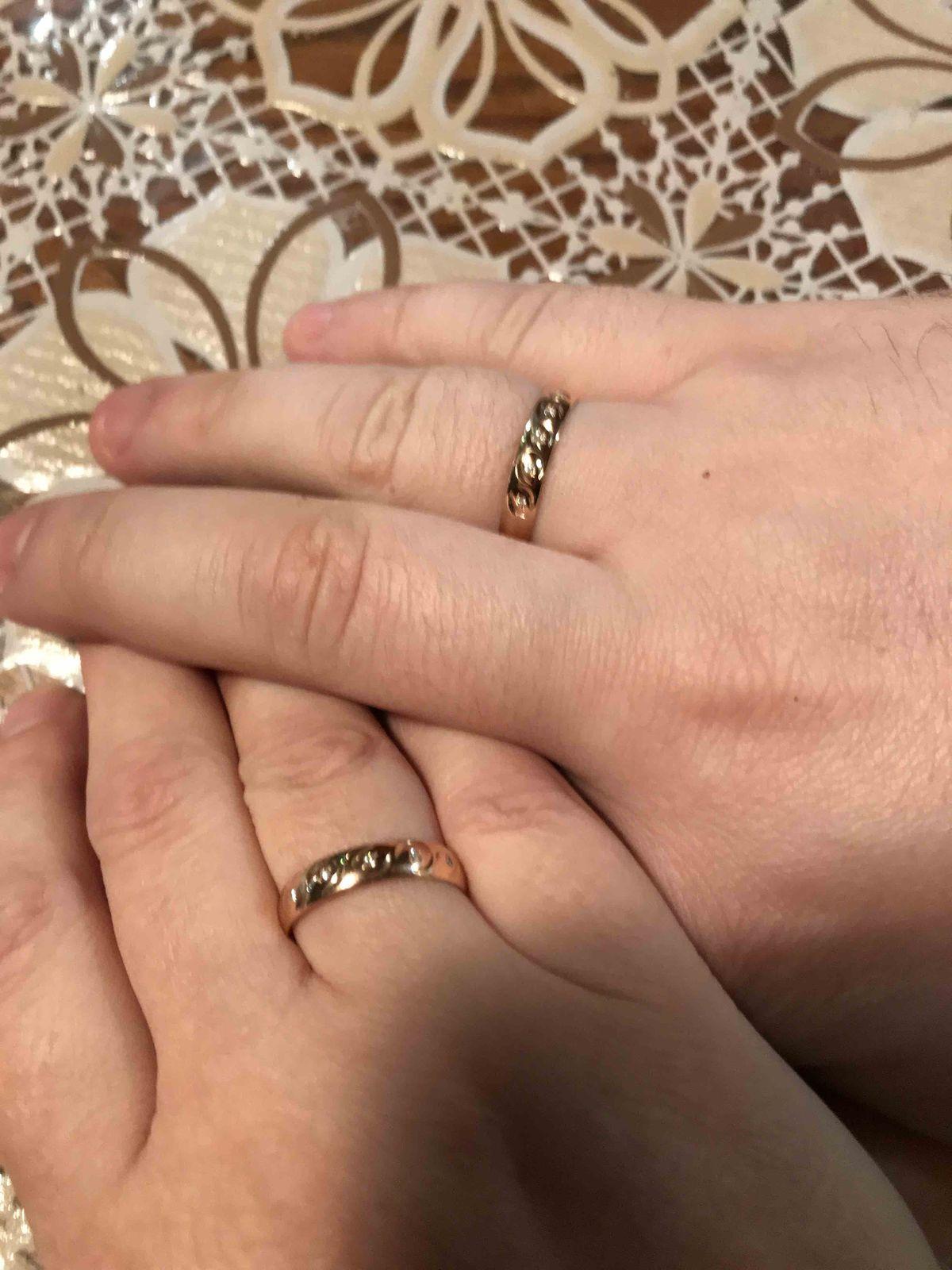 Искали с мужем обручальные кольца, увидели и влюбились сразу