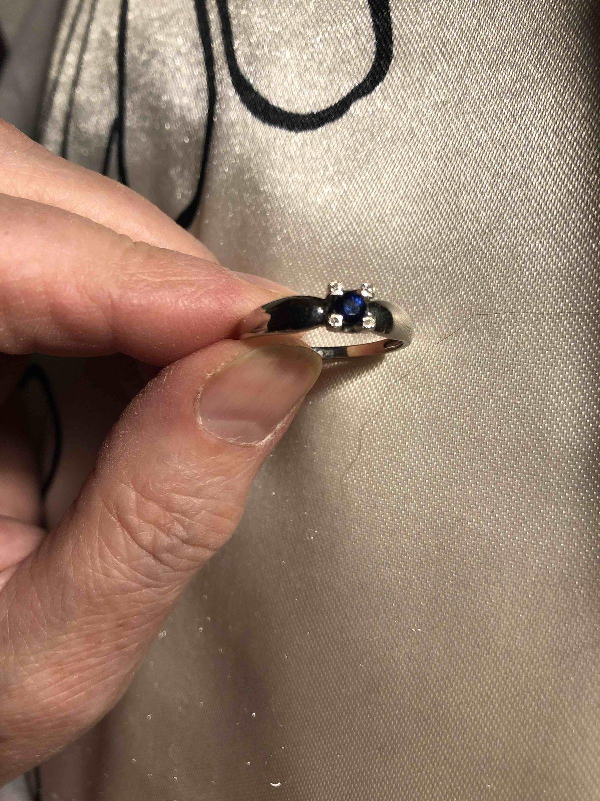 Кольцо с сарфиром и бриллиантами