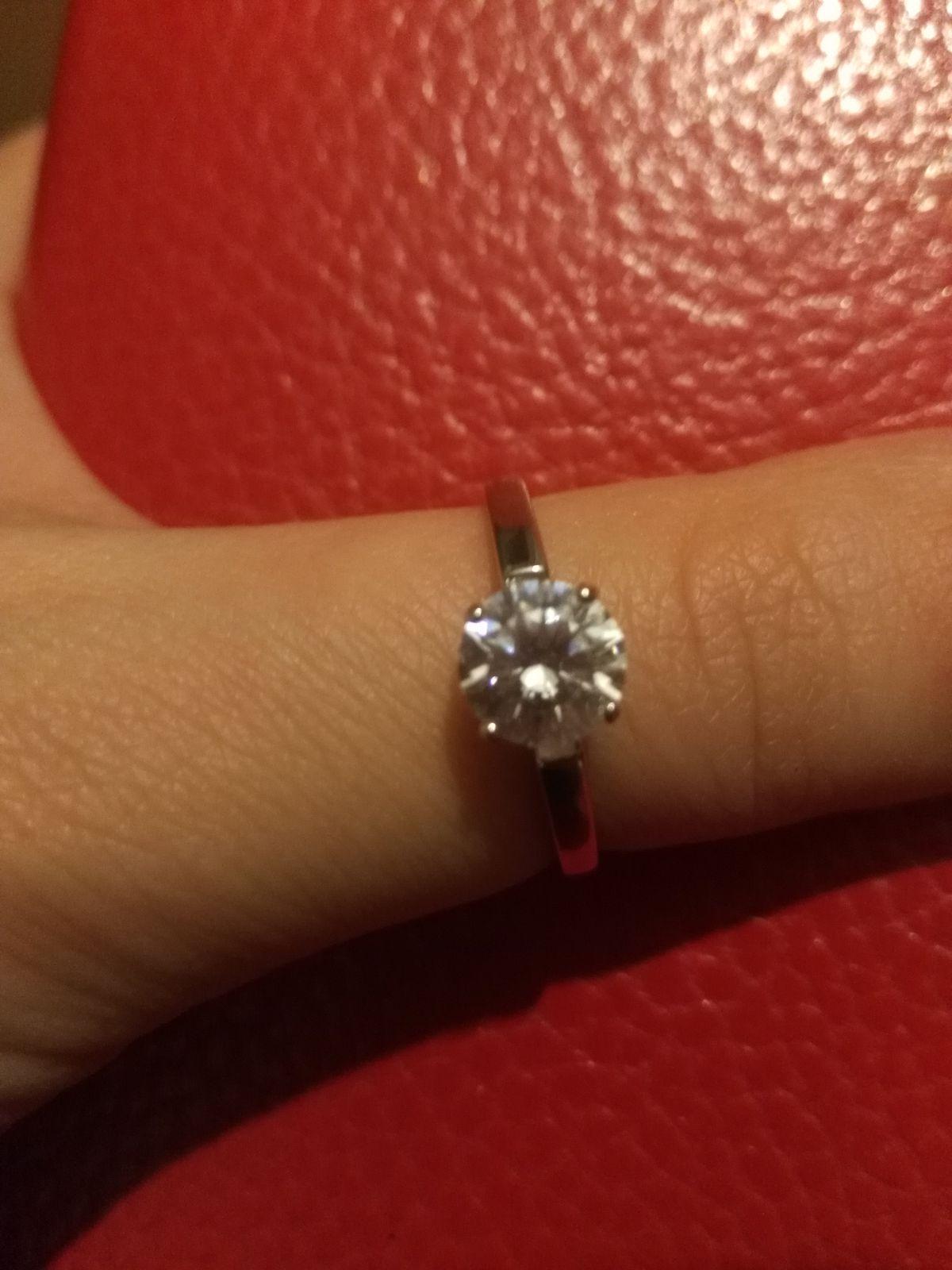 Очень стильное и элегантное кольцо.