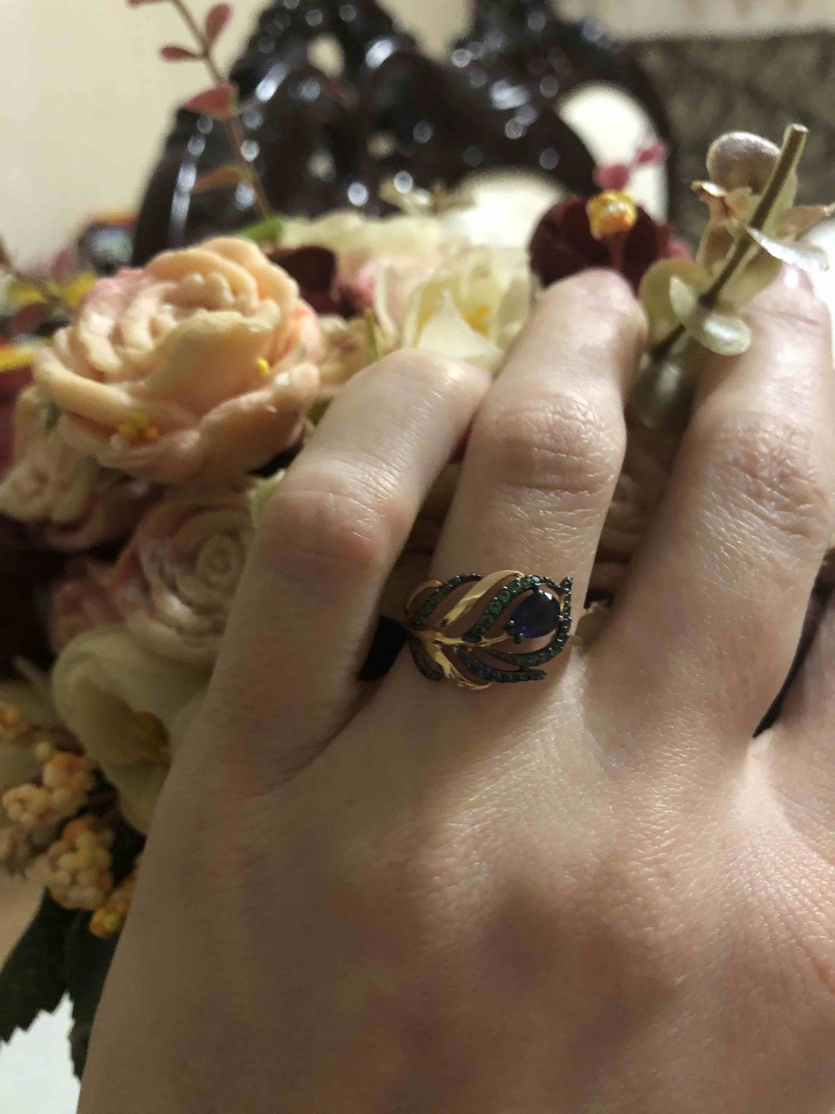Кольцо в виде пера