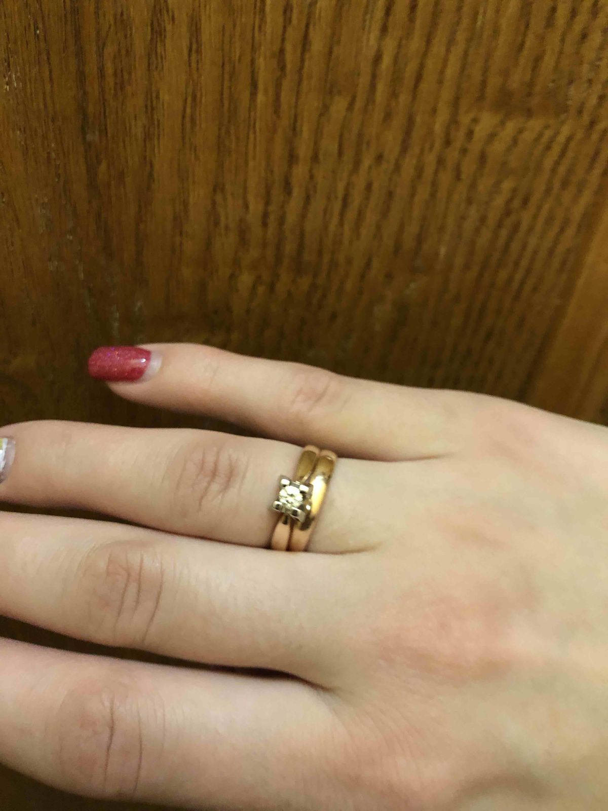 Стильное помолвочное кольцо
