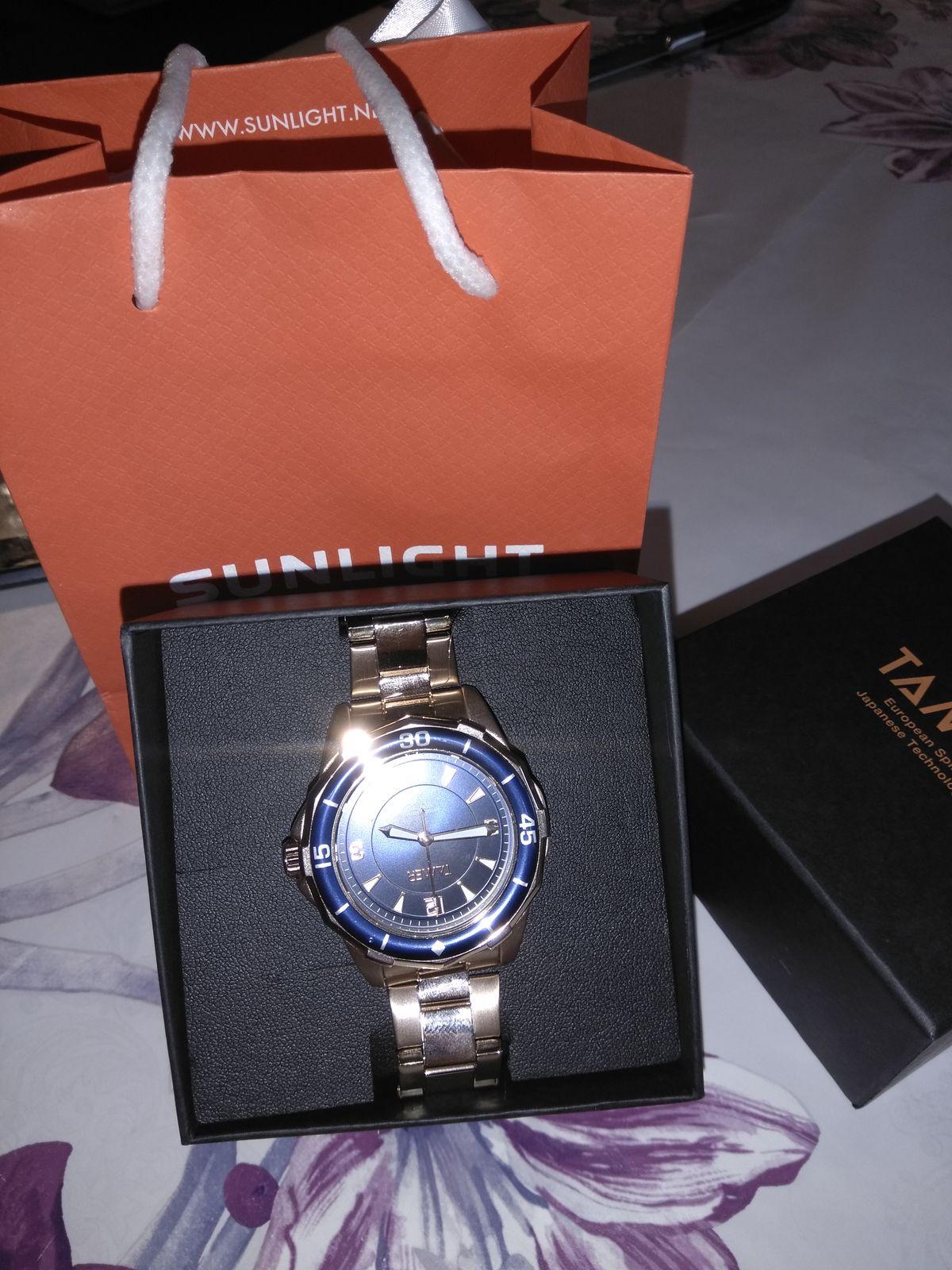 Купила часы мужу  на 23.