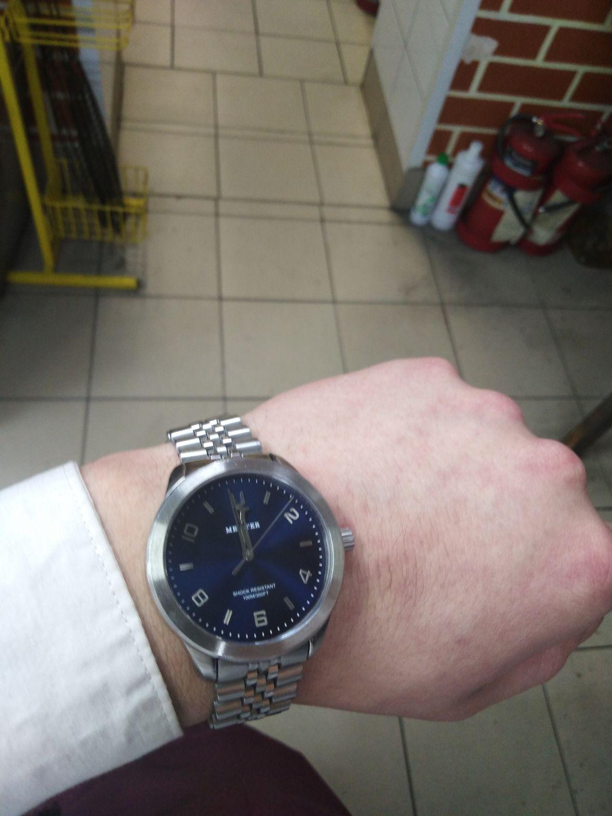 Долго искал такие часы и нашёл их в санлайте