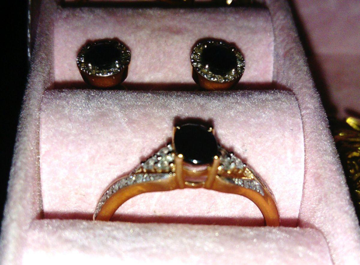 Любимое кольцо уже 5 лет! сапфиры в подарок от родных стали самыми родными