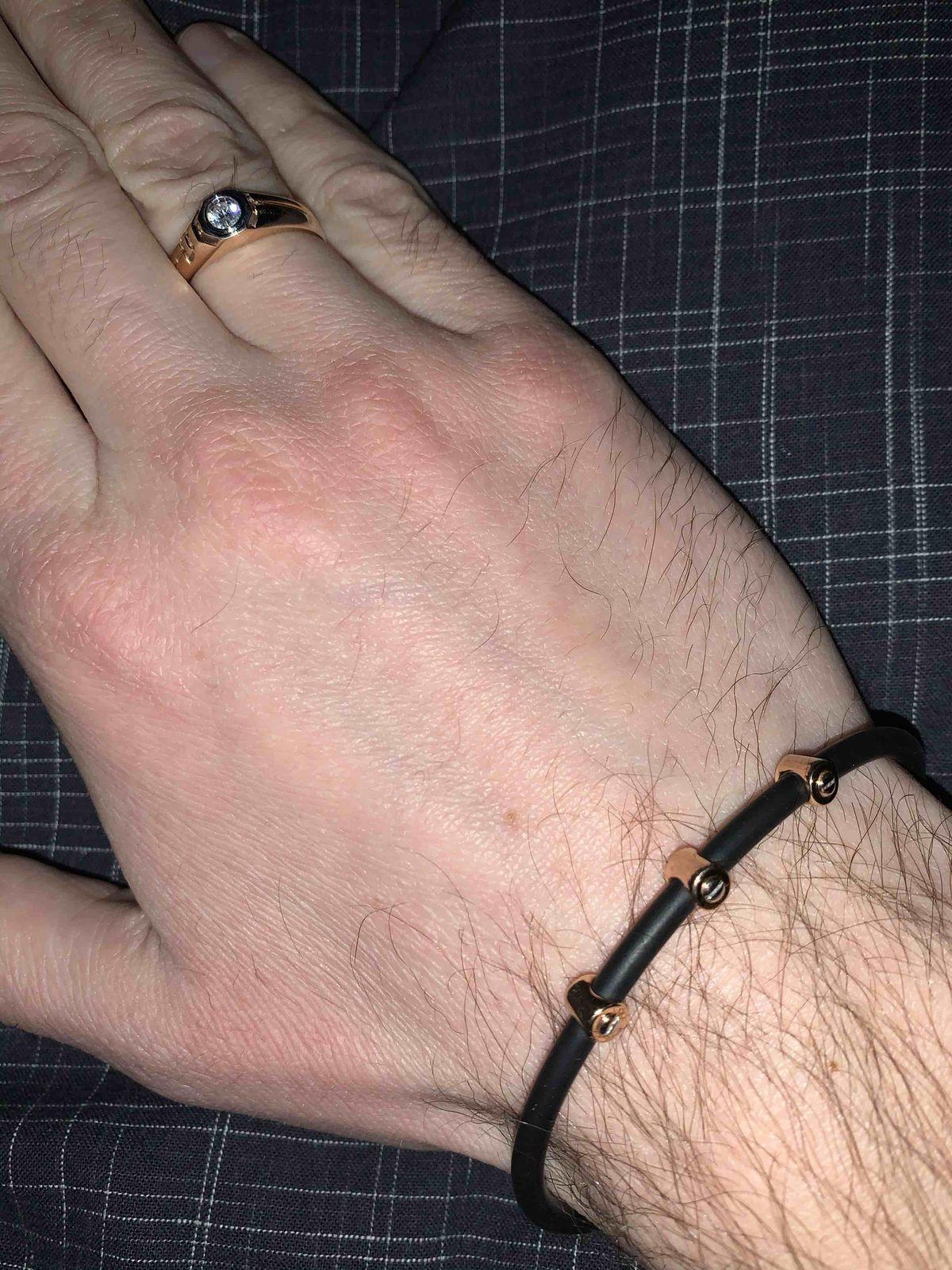 Прекрасный каучуковый браслет
