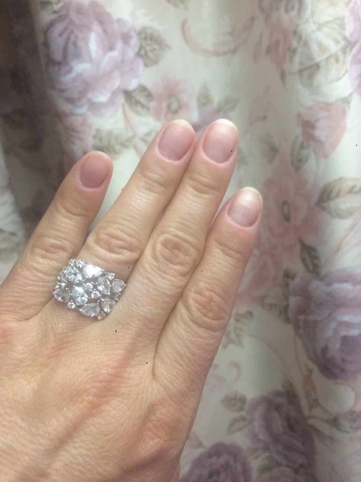 Роскошное кольцо для самых смелых и изысканных девушек