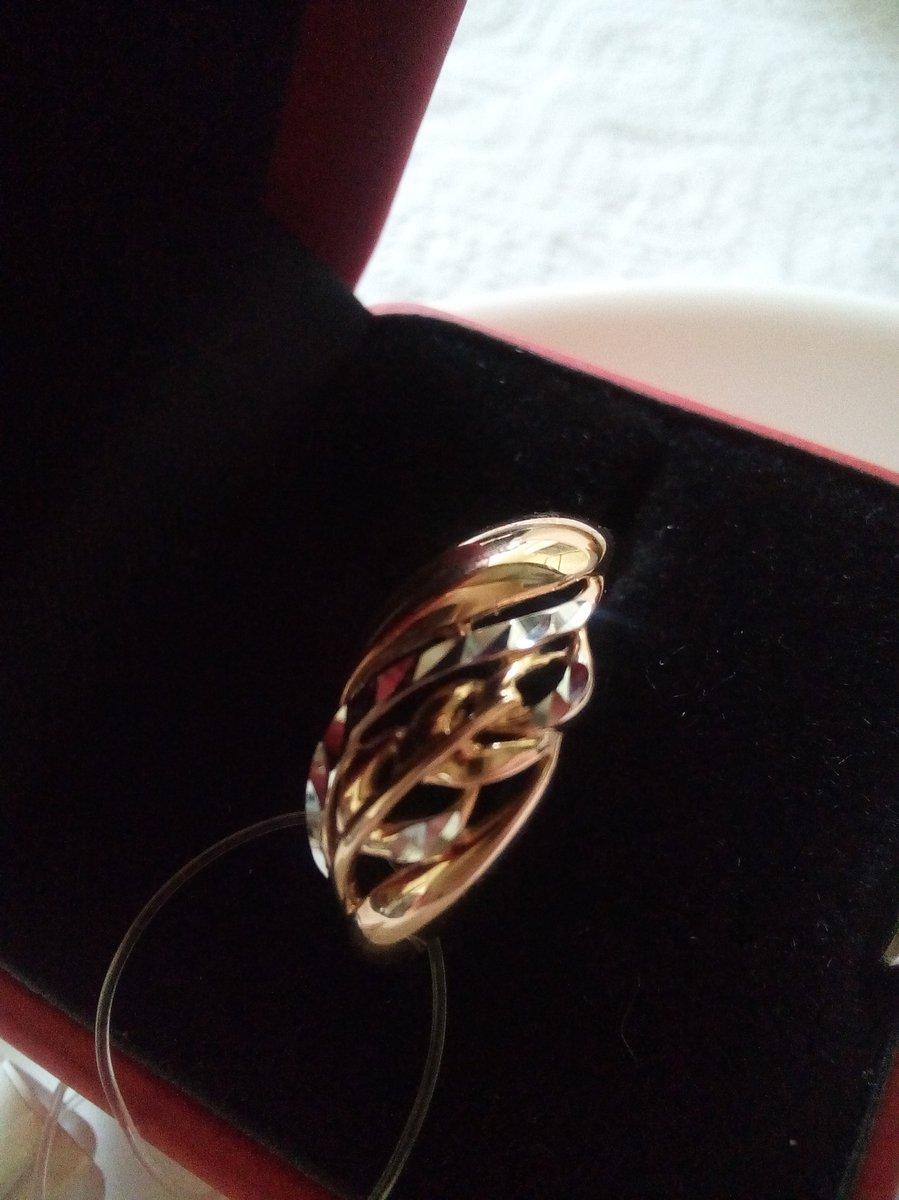 Очень красивая кольца