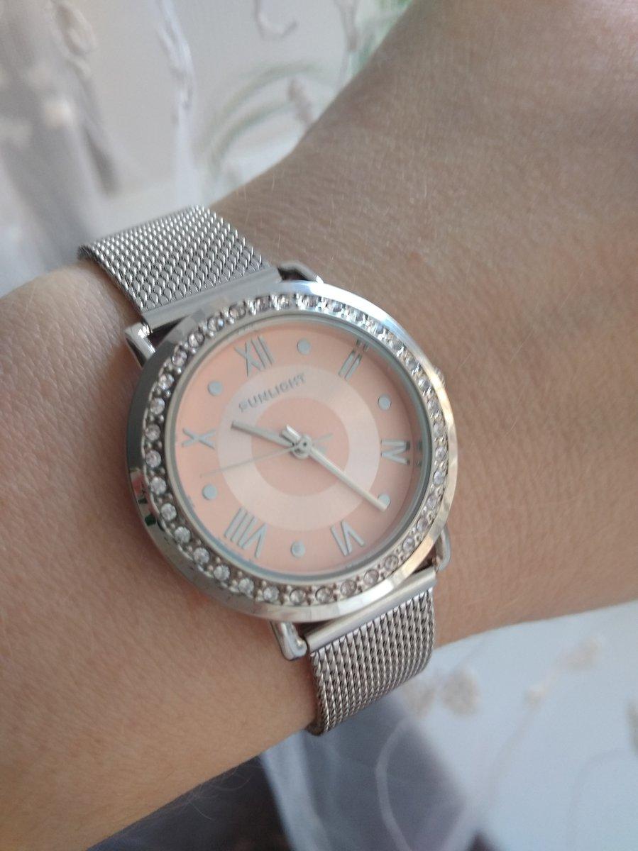 Очень красивые и элегантные часы