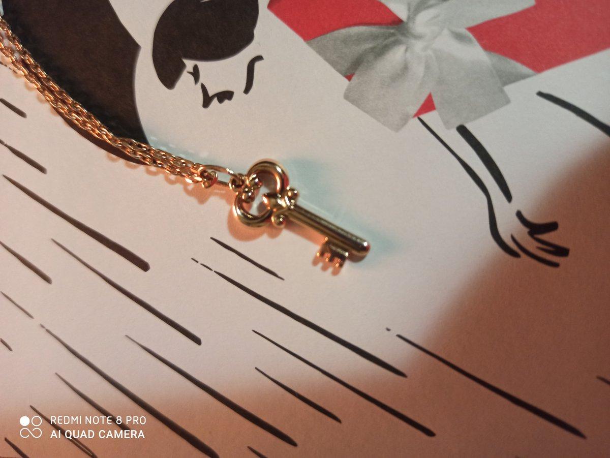 Золотая подвеска ключик 🔑