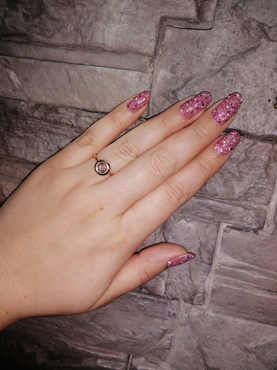 Кольцо с танцующим бриллиантом