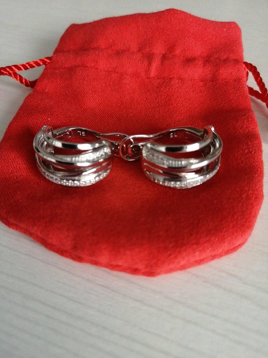 Серьги в комплекте с кольцом