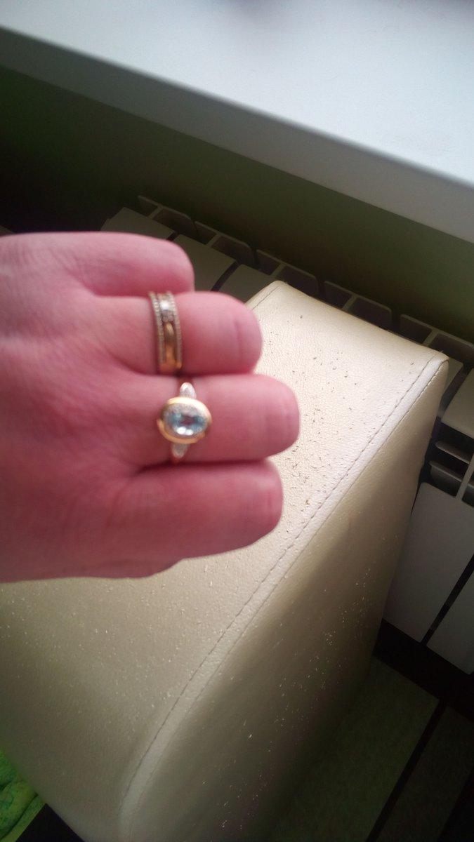 Кольцо очень милое,вообщем не плохо!