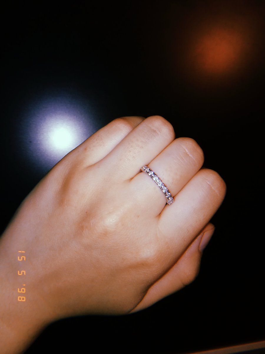 Предполагалось кольцо подруге на день рождения ,и заказала два