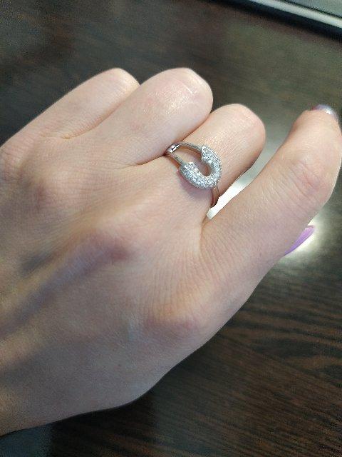 Кольцо в форме булавки