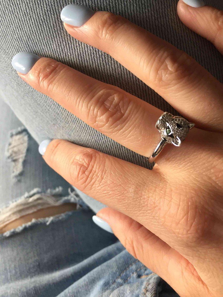 Кольцо серебро .