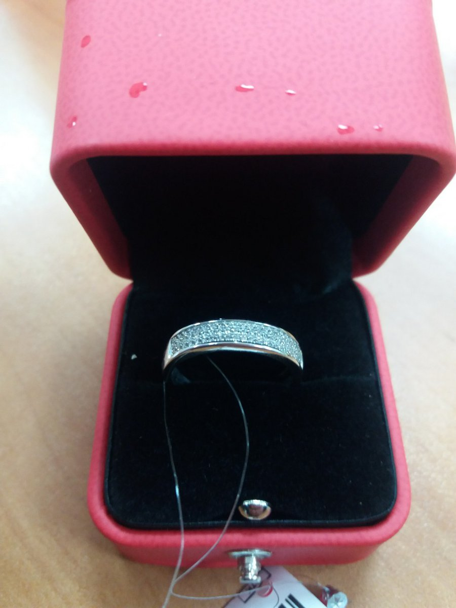 Красивое кольцо, но не подошло по размеру