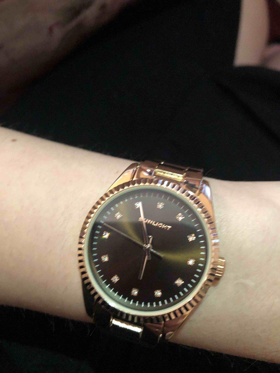 Часы  🔥😻👍🏼👍🏼👍🏼❤️❤️❤️