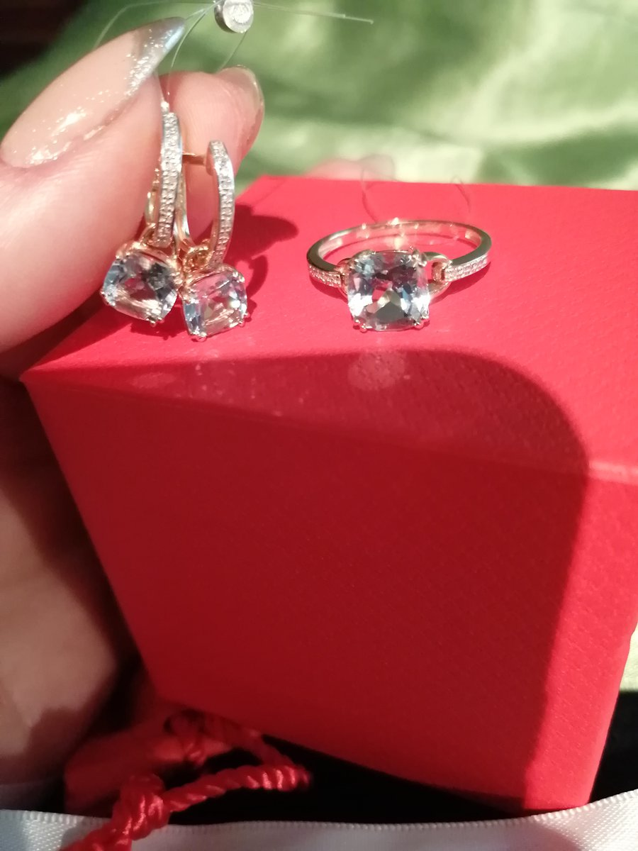 Кольцо с топазам и Бриллианты