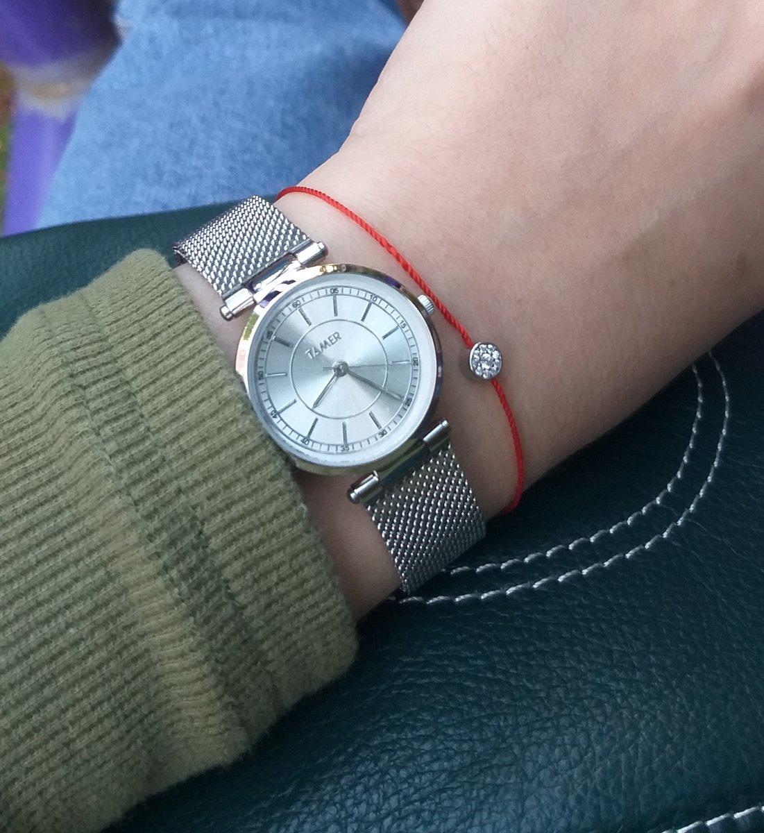Невесомые часы и очень красивые!