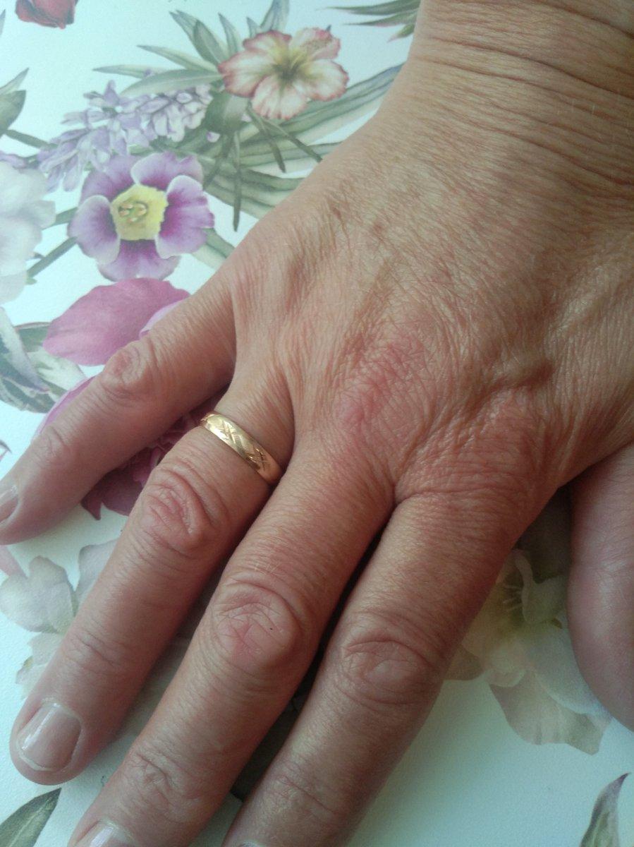 Кольцо супер, жена не смогла устоять когда сделал ей предложение выйти заму