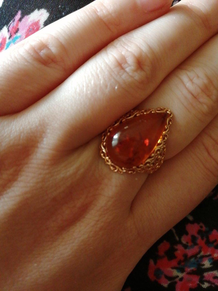 Прекрасное кольцо. Мне понравилось. Выглядит на руке красиво и интересно