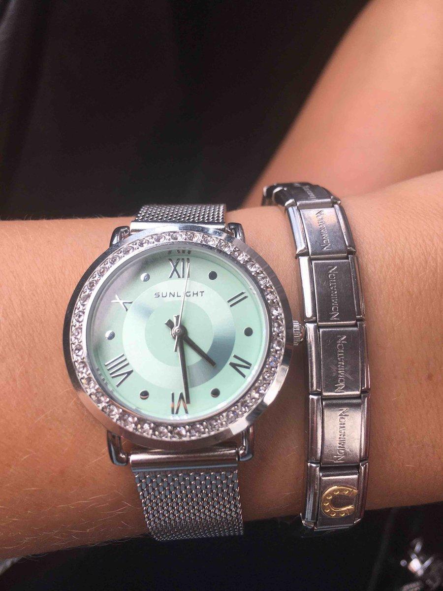 Часы женские с кристаллами