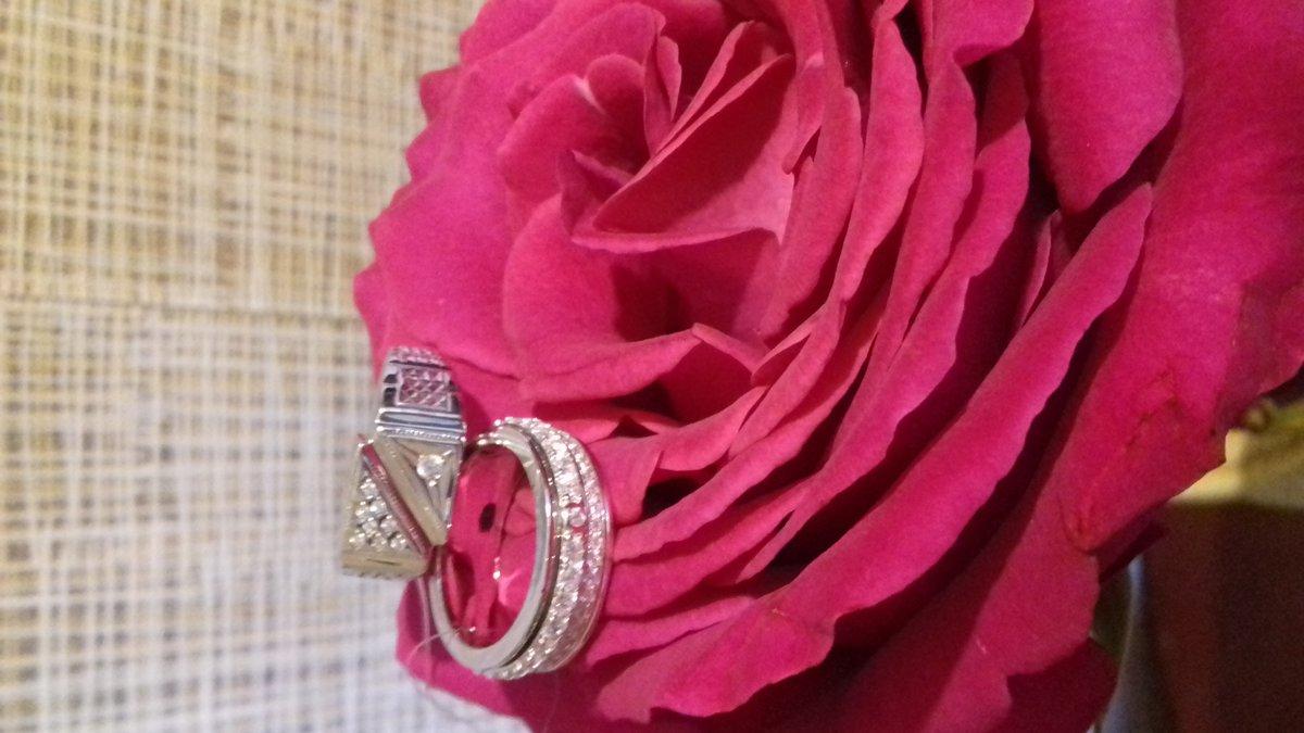 Перстень заказала для мужа