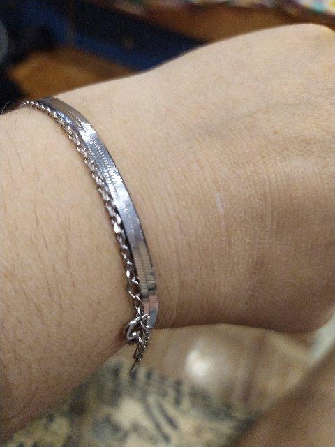Очень дорого выглядит браслет!