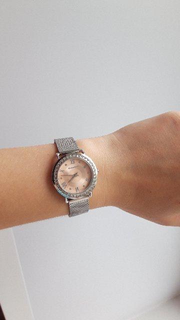 Получила часы в подарок.