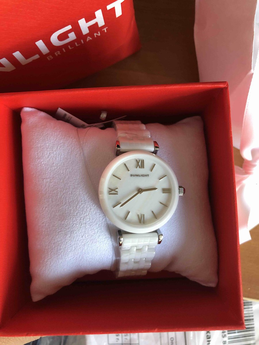Купил жене часы)