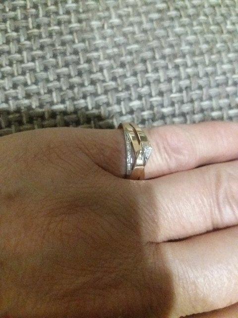 Красивое очень , я ни как не могу  нарадоваться , супер подарок от мужа.