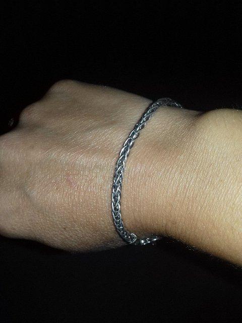 Красивый и стильный итальянский браслет.